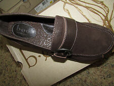 NEW BORN B.O.C HUFFMAN BROWN LOAFER SHOES WOMENS 6 C97023 SUEDE FREE SHIP