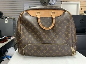 Louis Vuitton Monogram Evasion MM Travel Overnight Bag