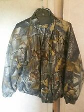 Woolrich Realtree Hardwood Reversible Hunting Jacket L.  Loden green inside.