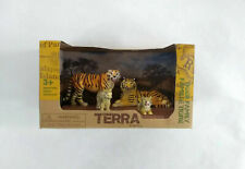Terra by Battat Tiger Family animal playset! !New!
