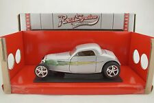 1:18 Road Signature - 1933 Ford Coupè Argento con Flames - Rarità -