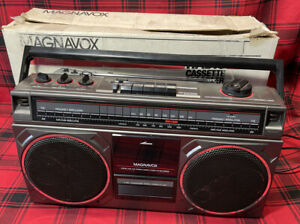 Vintage Magnavox D8140 AM/FM Stereo Boombox - Cassette Player Works Great