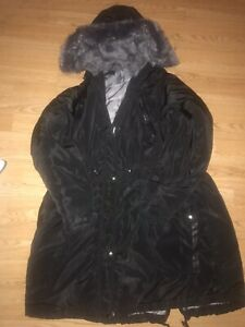 Ladies Coat Size 22/24 YOURS