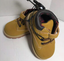 NWT Garanimals Boys  Trucker Boots - Sz. 5 - Wheat Cute Boots For Fall.