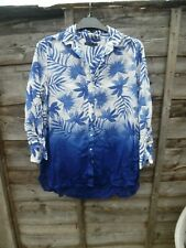 LADIES LOVELY MARKS AND SPENCER BLUE OMBRE LEAF PRINT TOP SIZE 12 100% COTTON