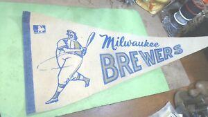 """Vintage --1969- MLB-- MILWAUKEE  BREWERS - FELT- Pennant 29 """" x 12"""""""