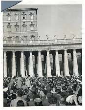 Vatican, Pope Pius XII give blessing from the window of his private study  Vinta