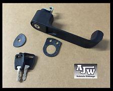 1 TRAILER FRONT DOOR HANDLE LOCKING BLACK PLASTIC IFOR WILLIAMS BOX BV 84 85 105