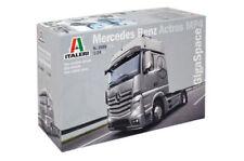 Modellini statici di aerei e veicoli spaziali camion Italeri