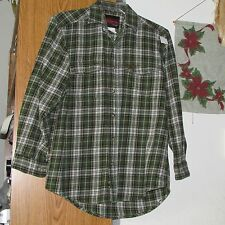 Riggs Workwear by Wrangler man's button front, flannel type shirt, M