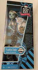 Monster High Frankie Stein Frightening Fashion Doll 2010 Watzit Clip Key Chain