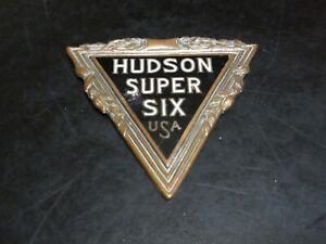 1929 Hudson Super Six emblem badge