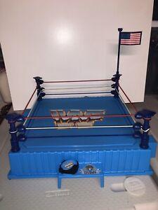 MINT Vintage Hasbro 1989 WWF WWE Titan Sports Wrestling Ring w/ Belt and Flag