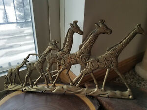 Solid Brass Wall Mounted Running Giraffe Herd Key Holder 5 Hooks