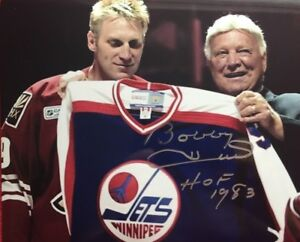 BOBBY HULL AUTOGRAPHED SIGNED CHICAGO BLACK HAWKS 8X10 HALL OF FAME 1983