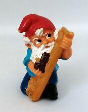 Figurine Ferrero Kinder dwarf - Nain de Jardin Gnome menuisier