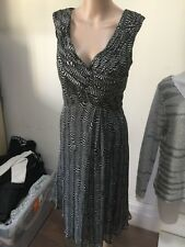 SZ 12 DIANA FERRARI DRESS  *BUY FIVE OR MORE ITEMS GET FREE POST *