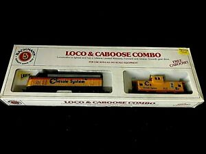 BACHMANN HO CHESSIE SYSTEM EMD F9 DIESEL LIGHTED LOCOMOTIVE & CABOOSE