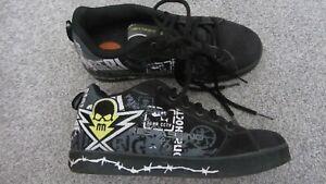 Heelys Skull Mens Skate Shoes Size 8/9 Model 7419 Black Grey White