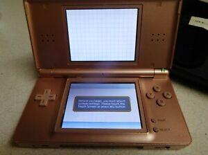 Nintendo DS Lite/Case/4 Games