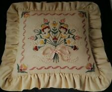 Candlewicking Pillow Kit Vtg 1984 Dimensions Bouquet Flowers 4125 NEEDLE STITCH