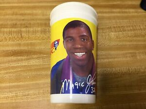 COLLECTABLE KFC 1991 MAGIC JOHNSON PLASTIC DRINK CUP.