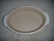 New listing Pampered Chef Small Oval Baker Vanilla Stoneware New Traditions #1316