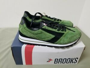 New Mens Brooks Chariot running shoes sneakers.