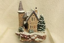 Lilliput Lane Cottage Highland Lodge Christmas Lodge Collection, 1992 unboxed