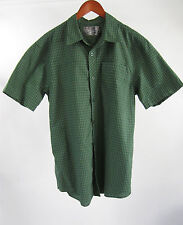 RealTree Green Checkered S/S Button Down Camping Lounge Shirt Size M Medium