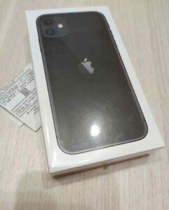 Apple iPhone 11 - 128GB - Black (Unlocked)