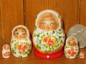 Russian Nesting dolls Matryoshka 5 hand painted tiny White & Red MINIATURE GIFT