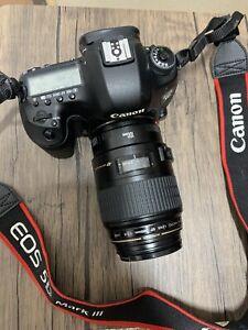 canon 5d mark iii with lens
