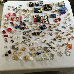 Vintage Avon Jewelry Lot 430+ Pieces Necklaces, Bracelets And Earrings & More