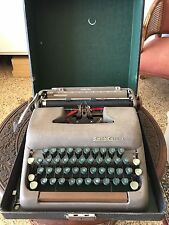 ANTIQUE SMITH--CORONA STERLING TYPEWRITER W/ CARRY CASE GREEN KEYS 1940s