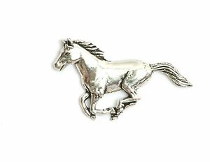 Horse Pewter Pin Badge. Equestrian black beauty pony