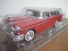 Auto da Collezione Metal   1955 CHEVROLET NOMAD 1.18 MAISTO SCALA 1:18