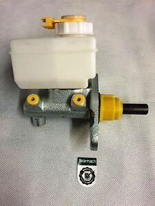 Bearmach Land Rover Defender Brake Master Cylinder Non ABS 1991 Onwards STC441R