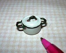 Miniature Aged Rustic Enamel Medium Casserole Pan with Lid-BEIGE:DOLLHOUSE 1/24