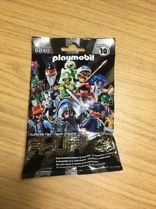 PLAYMOBIL Figure 6840 Series 10  (1 pcs)  NEW (SEALED BAG)