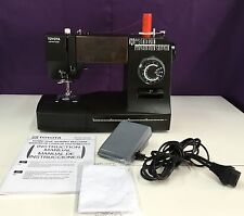 Heavy Duty Toyota Super Jeans J34 Sewing Machine Sews Jeans & Leather