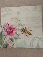 18 x 18 Bee Pillow Case