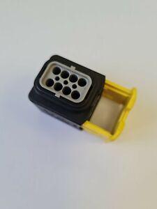 2-1418479-1 TE Connectivity HDSCS 8 Way Female Socket Connector