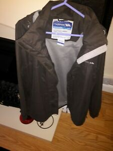 mens trespass zip up hooded rain   jacket size large