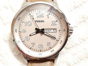 Vintage Fossil Beige Silver Tone Day Date Quartz Women's Watch Leather Strap