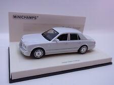 Lot 26183 | Minichamps 436139402 Bentley Arnage 2005 Linea Bianco 1:43 OVP