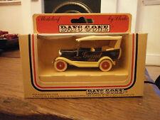 Lledo días GONE 1934 Modelo A Ford Coche con calcomanías de Grand Hotel