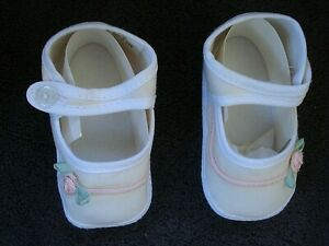 Vintage Wee Kids Infant White Mary Jane Fabric Shoes Pink Flower Size 0-3 M NEW