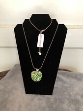 BETSEY JOHNSON GREEN APPLE CRYSTAL ROSE GOLD PLATED PENDANT NECKLACE S ELEMENTS