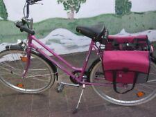 Oldtimer-Stil im Schloss Fahrräder